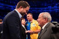 Боб Арум попросил Эдди Хирна отказаться от матча-реванша между Александром Усиком и Энтони Джошуа