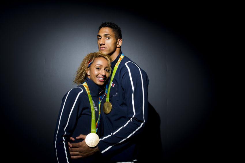Французская олимпийская чемпионка, жена Тони Йока, приехала в Казатин к бабушке.