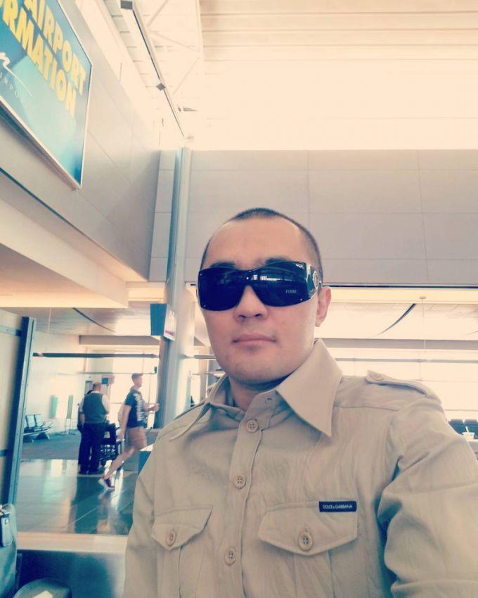 Бейбут Шуменов возобновляет боксерскую карьеру