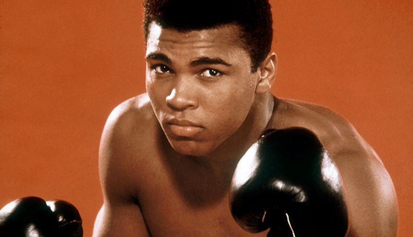 Сегодня легендарному боксёру-тяжеловесу Мухаммеду Али исполнилось бы 77 лет!