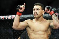 Рафаэль Дос Аньос снялся с боя против Ислама Махачева на UFC 254