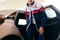 """Сергей Ковалев показал, как обкатывает свой автомобиль: """"Разогнал эту сутулую собаку до 292 км/ч"""""""