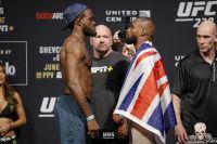 Видео боя Бивон Льюис - Даррен Стюарт UFC 238
