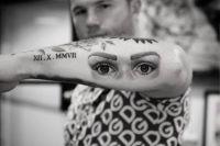 Сауль Альварес похвалился новой татуировкой