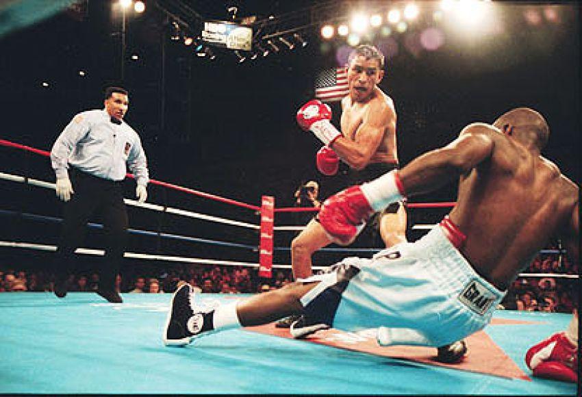 "Rafael Marquez vs Mark ""Too Sharp"" Johnson II"