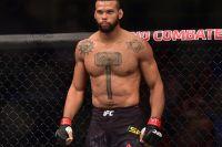 Тиаго Сантос вырубил Джими Мануву в зрелищной драке на турнире UFC 231
