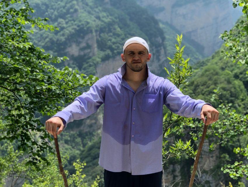Альберт Туменов отправился в горы