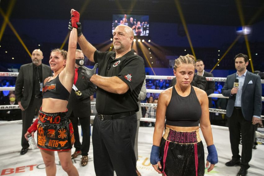 Paige Vanzant commented on defeat by Britain Hart and showed her face after the fight