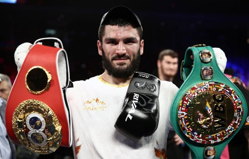 Артур Бетербиев уклончиво ответил на вопрос, кто бы победил в его бою с Гассиевым