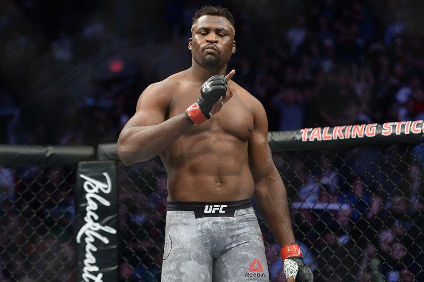 Фрэнсис Нганну сдал тест на коронавирус, готов подраться с Розенструйком на UFC 249