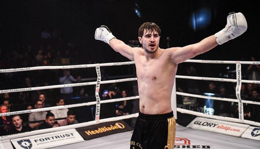 Артем Вахитов отстоял свой титул в бою с Донеги Абеной на Glory 66