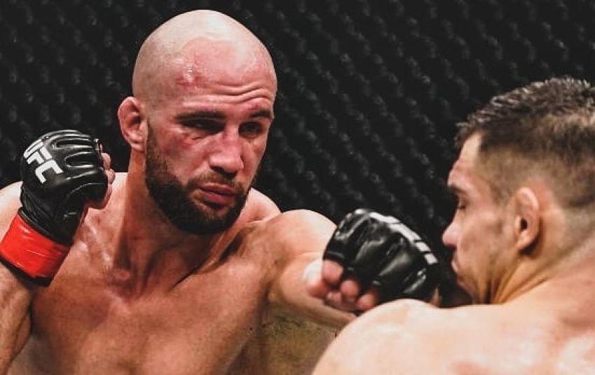 Волкан Оздемир победил Александра Ракича на UFC Fight Night 165