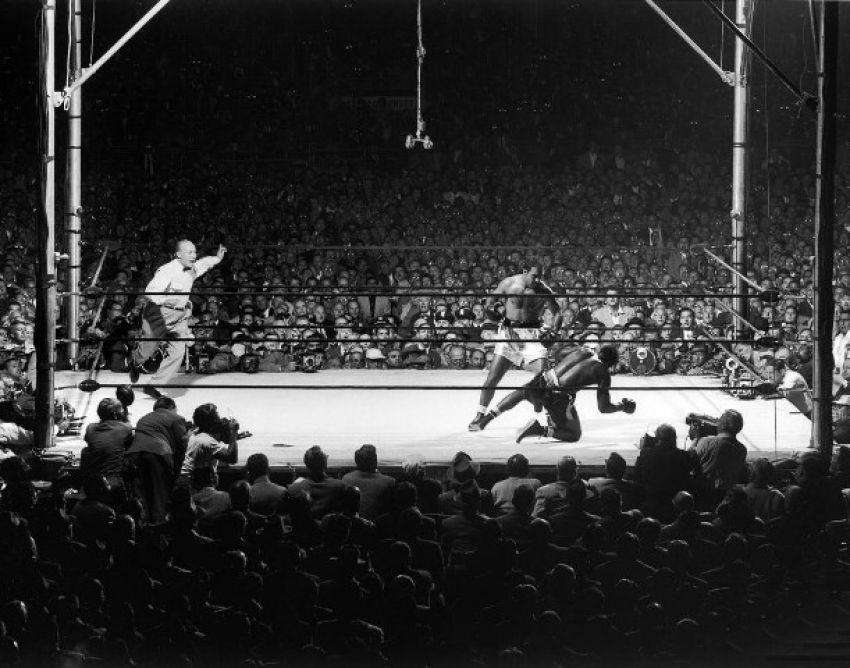 Бокс в этот день: Рокки Марчиано объявил о завершении своей карьеры