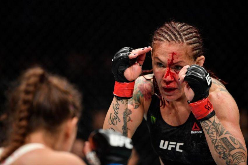 Крис Сайборг готова уйти из UFC из-за напряженных отношений с Даной Уайтом