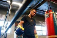 Василий Ломаченко продолжает удивлять фанатов неординарными упражнениями в преддверии боя с Кэмпбеллом