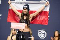 Поединок Каролины Ковалькевич и Джессики Андраде добавлен в кард турнира UFC 228