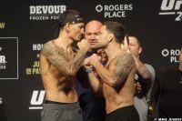 Видео боя Макс Холлоуэй - Фрэнки Эдгар UFC 240