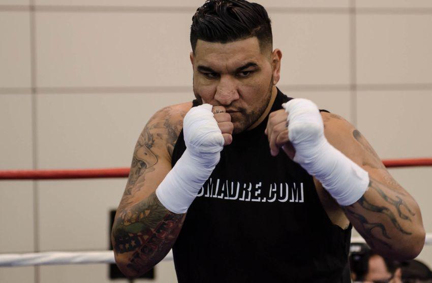 Крис Арреола назвал вес, с которым выйдет на бой с Руисом