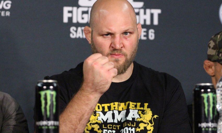UFC планируют бой Бена Ротвелла и Благоя Иванова?