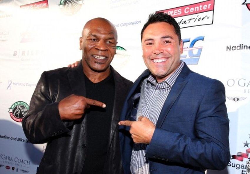 Oscar De La Hoya wants to talk to Mike Tyson before deciding on his comeback