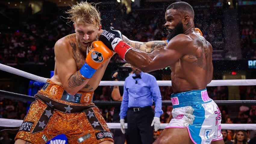 Джейк Пол чуть не упал, но победил Тайрона Вудли раздельным решением судей