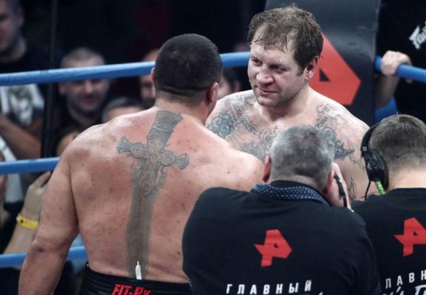 """Александр Емельяненко - о заявлениях Кокляева насчет реванша: """"Видимо, ему понравилось путешествовать моими авиалиниями?"""""""