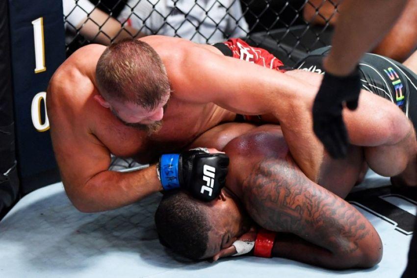 Видео боя Уолт Харрис - Марчин Тыбура UFC Fight Night 189