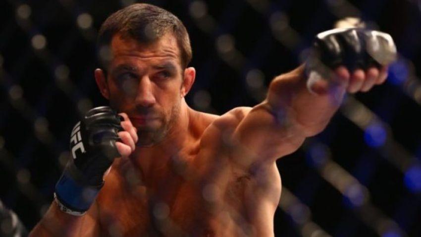 Люк Рокхолд не считает Энтони Смита большой угрозой в полутяжелом весе UFC