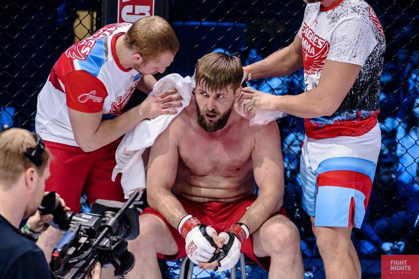 Виталий Минаков сообщил об отмене боя с Хави Айялой на турнире Bellator 232