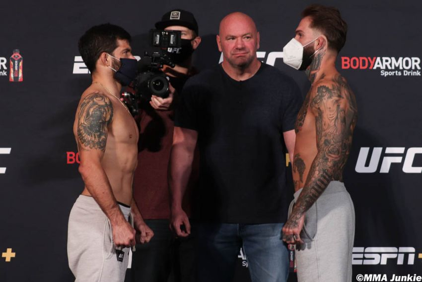 Видео боя Рафаэль Ассунсао - Коди Гарбрандт UFC 250