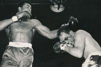 Этот день в истории: Мохаммед Али жестоко избил Генри Купера
