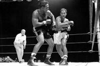 Этот день в истории: Рокки Марчиано нокаутировал Арчи Мура и завершил боксерскую карьеру