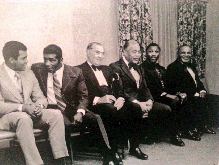 Сверхмощное фото: Али, Паттерсон, Демпси, Луис, Фрейзер и Уолкотт.