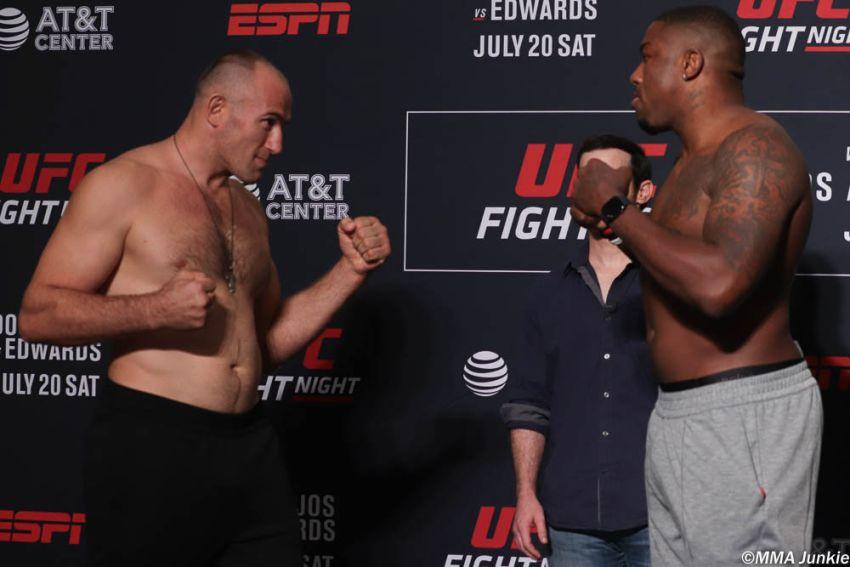 Видео боя Алексей Олейник - Уолт Харрис UFC on ESPN 4