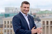 """Виталий Кличко: """"Старший сын сделал мне подарок на день рождения - сказал, что идет в мэры Киева"""""""