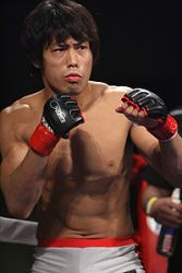 Такуми Накаяма