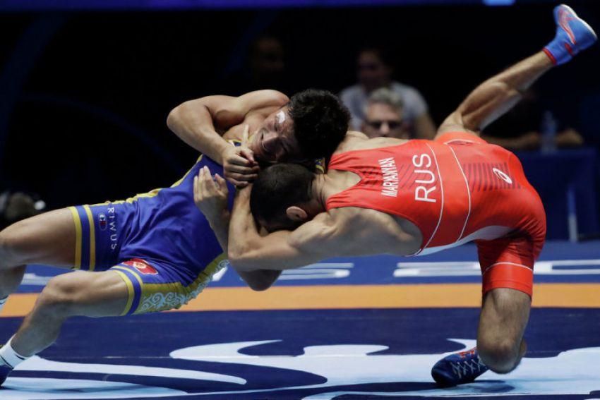 Прямая трансляция чемпионата России по вольной борьбе среди мужчин 2019