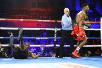Элейдер Альварес эффектно нокаутировал Майкла Силса в первом бою после поражения Ковалеву