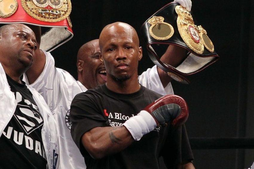 Заб Джуда успешно вернулся на ринг, победив Ноэля Ринкона единогласным решением судей