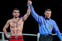 Карен Чухаджян уверенно перебоксировал Сергея Воробьева, завоевав пояс WBA International