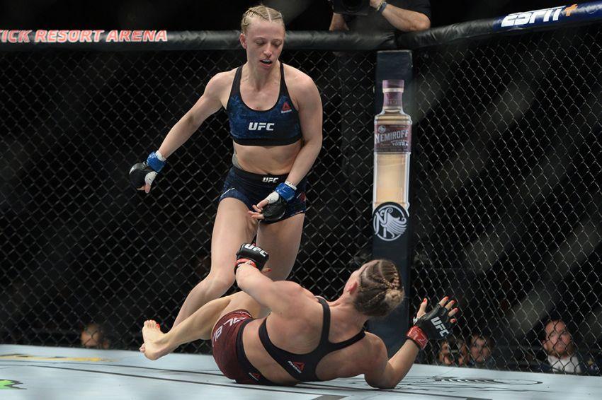 UFC on ESPN 1: Александра Албу досрочно уступила Эмили Уитмайр