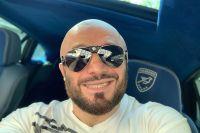 """Магомед Исмаилов похвастался покупкой автомобиля: """"На новом коне к новым победам"""""""