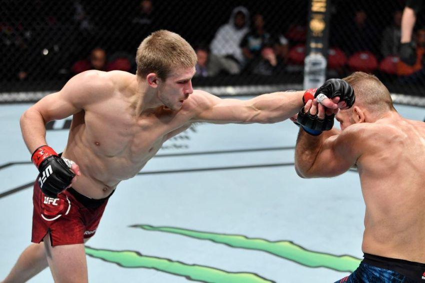 Арнольд Аллен разочарован отсутствием внимания со стороны UFC