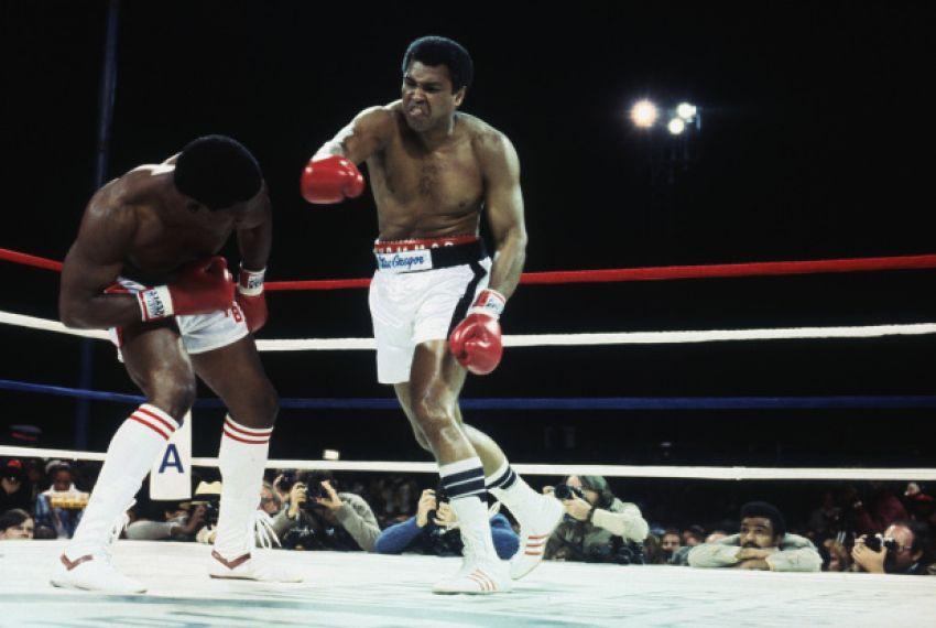 """Майк Тайсон: """"С Али я бы готовился к 15 раундам, поскольку никто не мог его нокаутировать"""""""