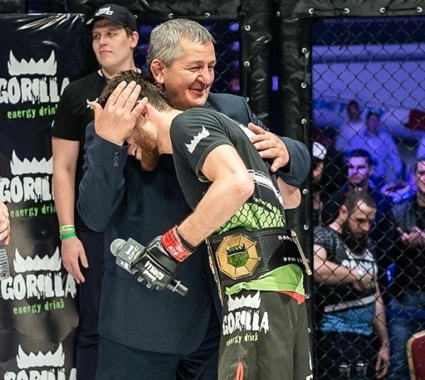 Тагир Уланбеков поблагодарил Абдулманапа Нурмагомедова после подписания контракта с UFC