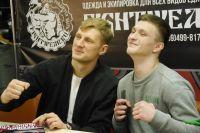 В Москве в магазине Fightwear прошла автограф-сессия Александра Волкова.