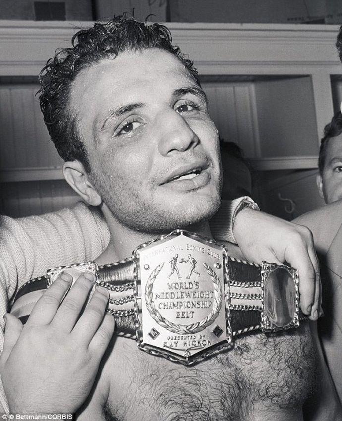 В возрасте 95 лет скончался старейший боксер мира Джейк ЛаМотта