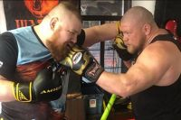 Слух: 29 июля Вячеслав Дацик проведет бой с Максимом Новоселовым