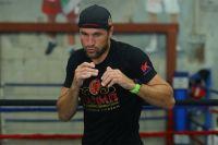 Сергей Ковалев провел открытую тренировку перед боем с Саулем Альваресом