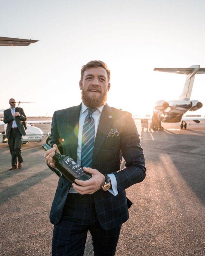 Конор Макгрегор бьет рекорды продаж трансляций и виски